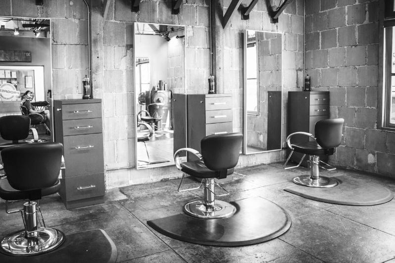 BW Salon Pic
